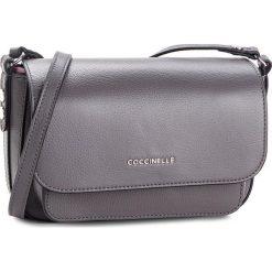 Torebka COCCINELLE - CG1 Organisee Soft E1 CG1 15 01 01 Fume/Noir 722. Szare listonoszki damskie Coccinelle, ze skóry. W wyprzedaży za 729.00 zł.