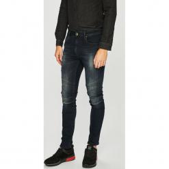 Guess Jeans - Jeansy Jay. Niebieskie jeansy męskie Guess Jeans. Za 579.90 zł.