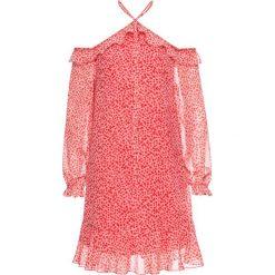 Sukienka z falbanami bonprix różowy z nadrukiem. Czerwone sukienki damskie bonprix, z nadrukiem, na ramiączkach. Za 89.99 zł.