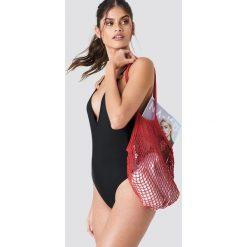 J&K Swim X NA-KD Kostium kąpielowy z głębokim dekoltem - Black. Czarne kostiumy jednoczęściowe damskie J&K Swim X NA-KD. Za 113.00 zł.