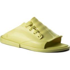 Klapki MELISSA - Ulitsa Ad 32237 Yellow 01487. Żółte klapki damskie Melissa, z materiału. W wyprzedaży za 189.00 zł.