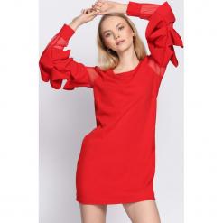 Czerwona Sukienka Almond. Czerwone sukienki damskie Born2be. Za 69.99 zł.
