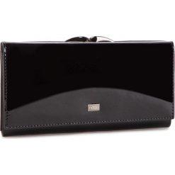 Duży Portfel Damski NOBO - NPUR-LG0210-C020 Czarny. Czarne portfele damskie Nobo, z lakierowanej skóry. W wyprzedaży za 179.00 zł.