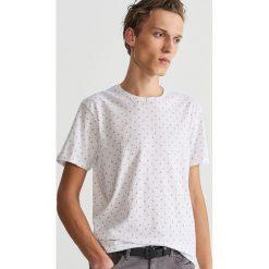 T-shirt z mikroprintem - Biały. T-shirty męskie marki Giacomo Conti. Za 29.99 zł.
