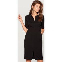 Sukienka z kieszeniami - Czarny. Czarne sukienki damskie Mohito. Za 169.99 zł.