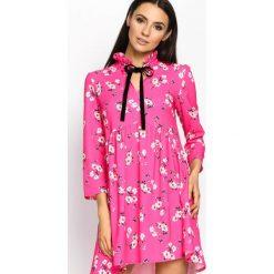 Fuksjowa Sukienka Beauty Total. Różowe sukienki damskie Born2be, na lato, z materiału, z falbankami. Za 99.99 zł.