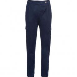 Spodnie bojówki bonprix ciemnoniebieski. Niebieskie spodnie materiałowe damskie bonprix. Za 149.99 zł.