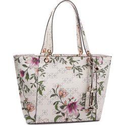 Torebka GUESS - HWML66 91230 FLR. Białe torebki do ręki damskie Guess, ze skóry ekologicznej. Za 629.00 zł.