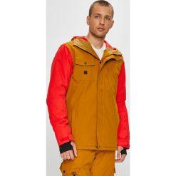 Quiksilver - Kurtka snowboardowa. Pomarańczowe kurtki snowboardowe męskie Quiksilver, z poliesteru. W wyprzedaży za 599.90 zł.