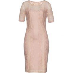 Sukienka bonprix dymny jasnoróżowy. Czerwone sukienki damskie bonprix, w koronkowe wzory, z koronki. Za 79.99 zł.