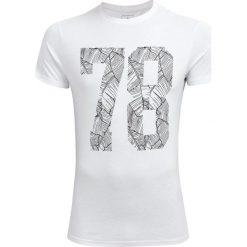 T-shirt męski TSM608 - biały - Outhorn. Białe t-shirty męskie Outhorn, na lato, z materiału. Za 39.99 zł.