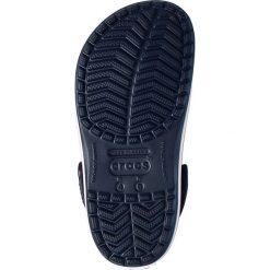 Crocs - Klapki Crocband. Czarne klapki damskie Crocs, z materiału. W wyprzedaży za 169.90 zł.