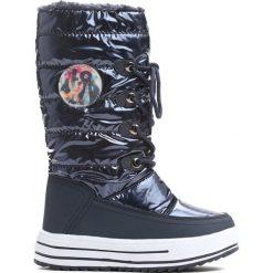 Granatowe Śniegowce Mindy. Niebieskie buty zimowe dziewczęce Born2be, z materiału. Za 99.99 zł.