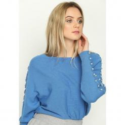 Niebieski Sweter Tudor Epoch. Niebieskie swetry damskie Born2be. Za 69.99 zł.
