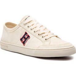 0167595472ebd Tenisówki TOMMY HILFIGER - Core Corporate Seasonal Sneaker FM0FM02168 Off  White 156. Półbuty na co