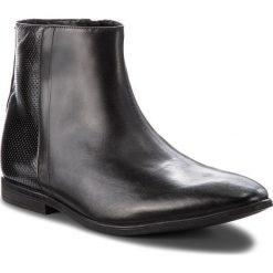 Kozaki CLARKS - Bampton Hi 261354047 Black Leather. Czarne kozaki męskie Clarks, z materiału. W wyprzedaży za 259.00 zł.