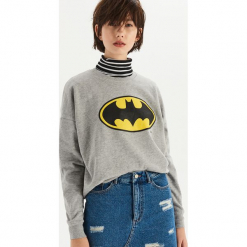 Bluza Batman - Jasny szar. Szare bluzy damskie Sinsay, z motywem z bajki. Za 49.99 zł.
