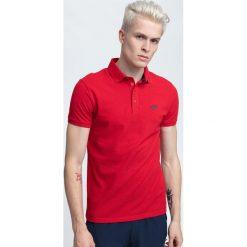 Koszulka polo męska TSM024 - ciemna czerwień. Czerwone koszulki polo męskie 4f, z bawełny. W wyprzedaży za 59.99 zł.