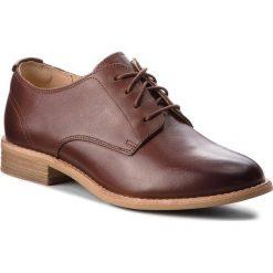 Oxfordy CLARKS - Edenvale Ash 261365244 Dark Tan Leather. Brązowe półbuty damskie Clarks, z materiału. W wyprzedaży za 279.00 zł.
