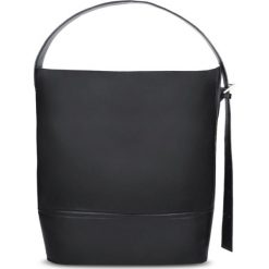 Shopper Bag. Torby na laptopa damskie Gino Rossi, w paski. W wyprzedaży za 549.90 zł.