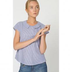 Bluzka w kolorze niebiesko-białym. Białe bluzki damskie TrakaBarraka, w paski. W wyprzedaży za 109.95 zł.