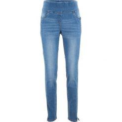Dżinsy ze stretchem z wysoką talią bonprix niebieski bleached. Jeansy damskie marki bonprix. Za 89.99 zł.