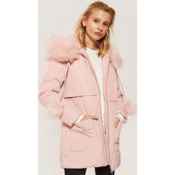 Pikowana kurtka z kapturem - Różowy. Czerwone kurtki damskie House. Za 259.99 zł.