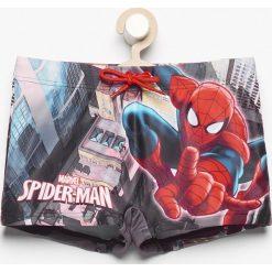 Kąpielówki spiderman - Biały. Kąpielówki dla chłopców Reserved, z motywem z bajki. W wyprzedaży za 14.99 zł.