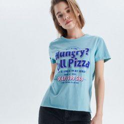 Koszulka z nadrukiem - Zielony. T-shirty damskie marki Colour Pleasure. Za 29.99 zł.