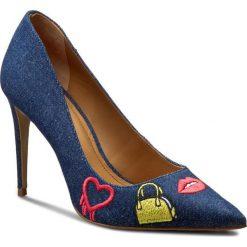 Szpilki KAZAR - Luciana 28369-TK-19 Granatowy. Niebieskie szpilki damskie Kazar, w kolorowe wzory, z jeansu. W wyprzedaży za 319.00 zł.