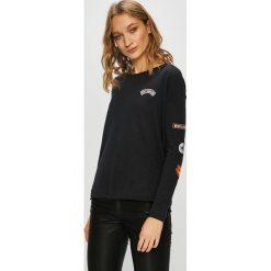 Roxy - Bluza. Czarne bluzy damskie Roxy, z aplikacjami, z bawełny. W wyprzedaży za 139.90 zł.
