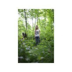 T-shirt flowers/ z organicznej bawełny. Białe t-shirty damskie Siss, z nadrukiem, z bawełny, z klasycznym kołnierzykiem. Za 150.00 zł.