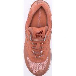 New Balance - Buty WL574FAD. Różowe obuwie sportowe damskie New Balance, z materiału. W wyprzedaży za 269.90 zł.