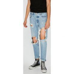 Diesel - Jeansy Mharky. Szare jeansy męskie Diesel. W wyprzedaży za 599.90 zł.