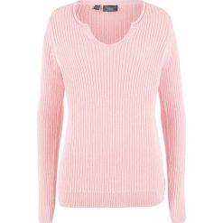 Sweter w prążek bonprix pastelowy jasnoróżowy. Swetry damskie marki bonprix. Za 37.99 zł.