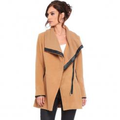 """Płaszcz """"Suzy"""" w kolorze karmelowym. Brązowe płaszcze damskie Cosy Winter, ze skóry. W wyprzedaży za 227.95 zł."""