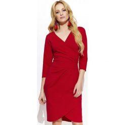 Makadamia Sukienka Damska 44 Czerwona. Czerwone sukienki damskie Makadamia, z kopertowym dekoltem. Za 215.00 zł.