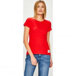 Calvin Klein Jeans - Top. Różowe topy damskie Calvin Klein Jeans, z bawełny, z okrągłym kołnierzem, z krótkim rękawem. Za 119.90 zł.