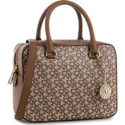 Torebka DKNY - Bryant-Zip Satchel R83DJ621 Chino Logo-Vic CVU. Brązowe torebki do ręki damskie DKNY, ze skóry ekologicznej. Za 979.00 zł.