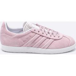 Adidas Originals - Buty Gazelle Stitch And Turn. Szare obuwie sportowe damskie adidas Originals, z gumy. W wyprzedaży za 359.90 zł.