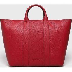 Calvin Klein - Torebka. Czerwone torby na ramię damskie Calvin Klein. Za 749.90 zł.