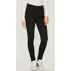 Tommy Jeans - Jeansy. Czarne jeansy damskie Tommy Jeans. Za 449.90 zł.