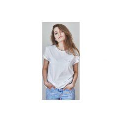 GAU BRAND t-shirt. Białe t-shirty damskie Gau great as you, z bawełny, z klasycznym kołnierzykiem. Za 119.00 zł.