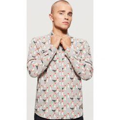 Koszula z motywem świątecznym - Jasny szary. Koszule męskie marki Giacomo Conti. W wyprzedaży za 39.99 zł.