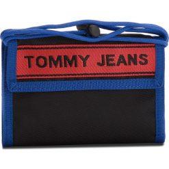Duży Portfel Męski TOMMY JEANS - Tj Logo Tape Crossov AU0AU00258 902. Portfele męskie marki Tommy Jeans. W wyprzedaży za 149.00 zł.