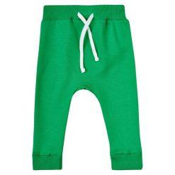 Garnamama Chłopięce Dresy Pop Art 62 Zielony. Spodnie sportowe dla chłopców marki Reserved. Za 25.00 zł.