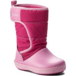 Śniegowce CROCS - Lodgepoint Snow Boot K 204660 Candy Pink/Patry Pink. Buty zimowe dziewczęce Crocs, z materiału. W wyprzedaży za 169.00 zł.