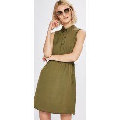 Vero Moda - Sukienka Faline. Brązowe sukienki damskie Vero Moda, z poliesteru, casualowe, z krótkim rękawem. W wyprzedaży za 99.90 zł.