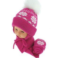Czapka niemowlęca z szalikiem i rękawiczkami 012A różowa. Czapki dla dzieci marki Reserved. Za 46.14 zł.