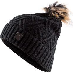 Czapka damska CAD603 - głęboka czerń - Outhorn. Czarne czapki i kapelusze damskie Outhorn, z materiału. Za 29.99 zł.